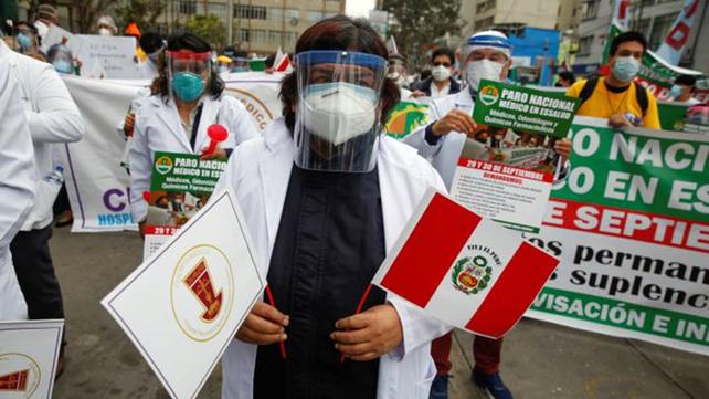 Perú postergó las clases presenciales para 2022 por temor a otra ola de coronavirus