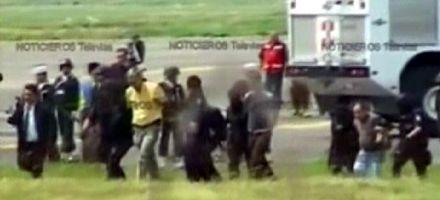 Detuvieron a secuestradores de un avión que aterrizó en el DF mexicano