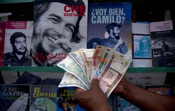 Dualidad. El desdoblamiento monetario en Cuba comenzó en 1994 al calor de la crisis causada por el colapso soviético.