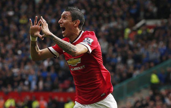 El rosarino marcó un gol y participó del otro en la victoria de Manchester United.