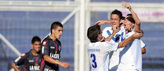 El Fortín. Vélez festejó cuando se enfrentaron en el último Clausura.