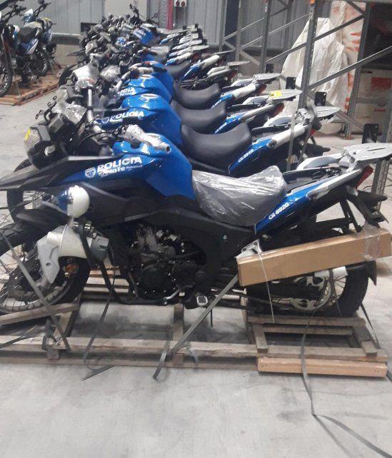 Listas para rodar. Las motos son de alta cilindrada y equipadas.