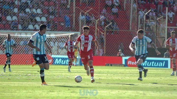 El partido entre Unión y Rosario Central arrancará el domingo a las 15.45 en el 15 de Abril.