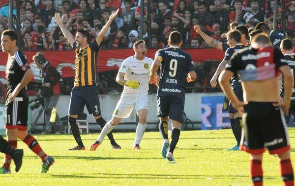 El árbitro marcó el final y Donatti