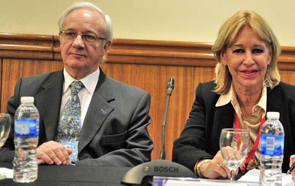Asesoramiento. El experto italiano junto a la directora del Indec.