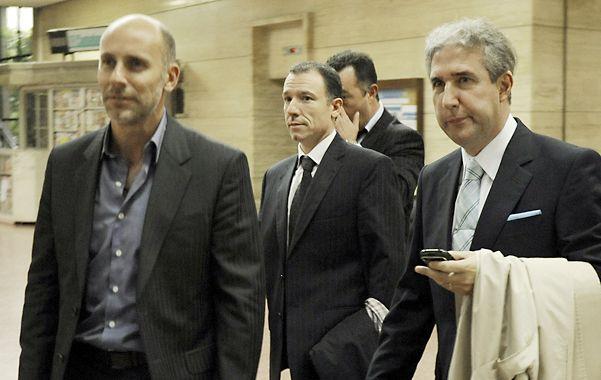 El apuntado. Martín (en el centro)