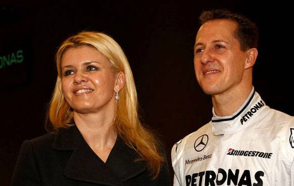 Corinna Schumacher está decidida a trasladar a su casa al piloto.