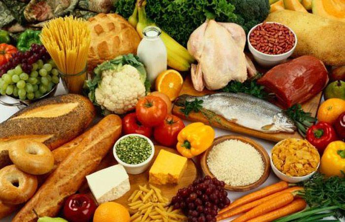 Una buena alimentación contribuye a prevenir enfermedades.