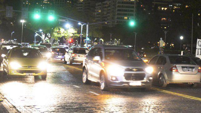 La restricción de circulación vehicular será de lunes a viernes inclusive entre la 0.30 y las 6 y los sábados
