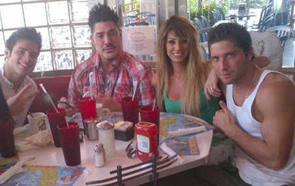 Ricardo Fort junto a una de las mellis Xipolitakis en Miami
