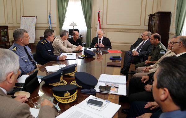Lamberto con los jefes regionales y los representantes de las fuerzas federales.