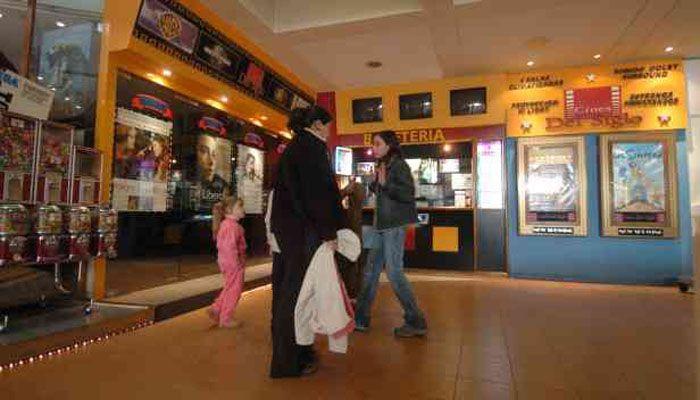 Con el estreno de Piratas del Caribe 4, reabren los cines del Shopping del Siglo