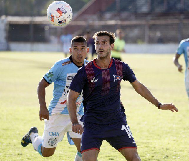 Vuelve al once charrúa. Lucas Bracco se recuperó de la lesión en la rodilla derecha y estará en el equipo dirigido por Juan Rossi