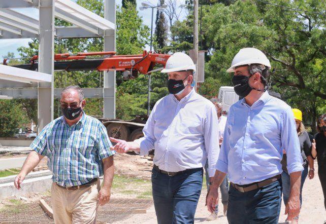 Perotti y Javkin continúan recorriendo obras que la Provincia ejecuta en la ciudad de Rosario