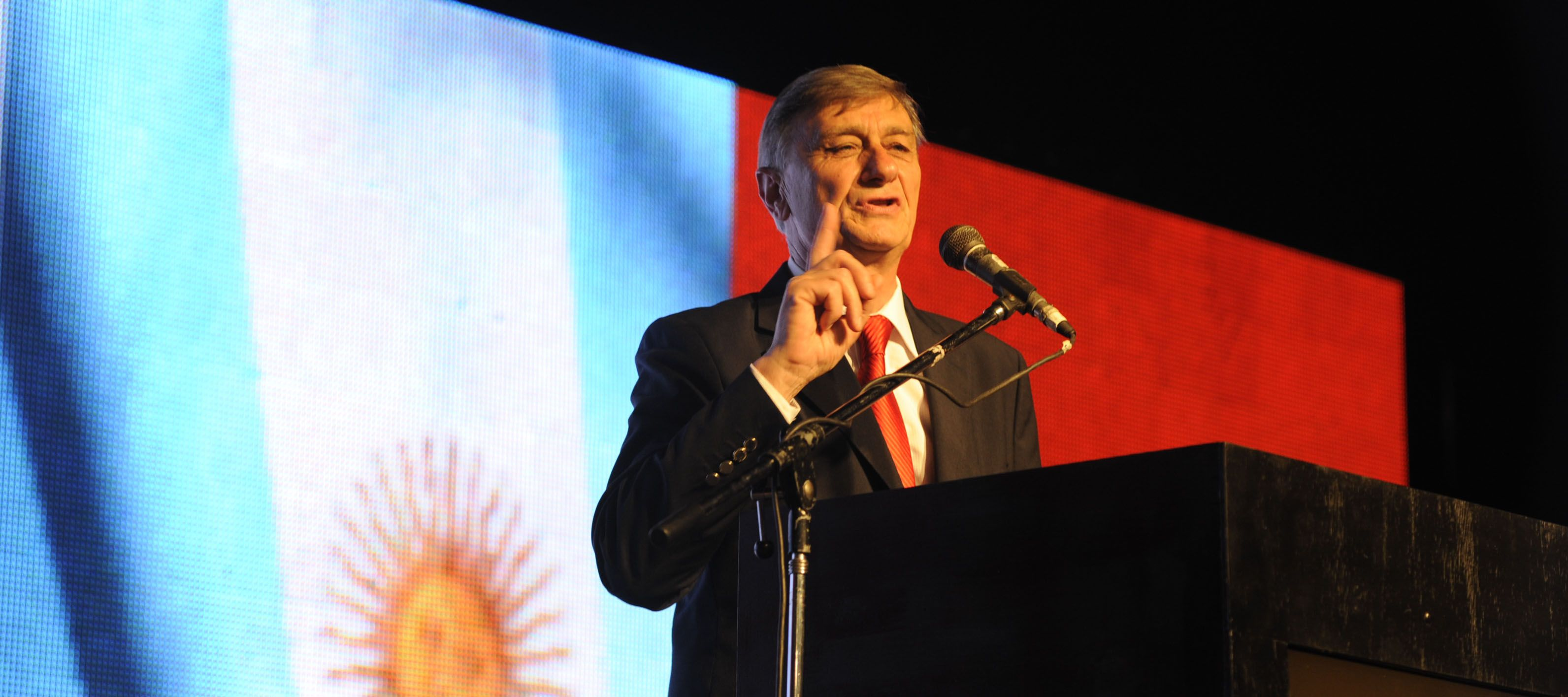 El ex mandatario santafesino le cerró la puerta al actual jefe de Gobierno porteño.