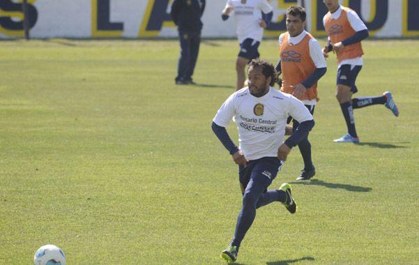 El Sapito Encina ya puede retornar al equipo que conduce Miguel Angel Russo.