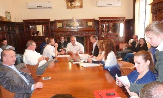 Mañana desde temprano comenzarán las reuniones con la intención de destrabar el conflicto.