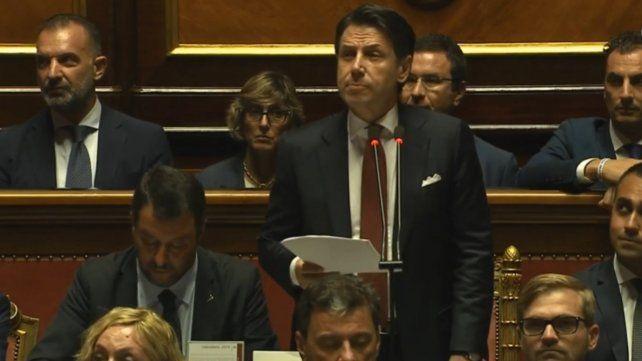 Italia: afiliados del 5 Estrellas deciden online el futuro del gobierno