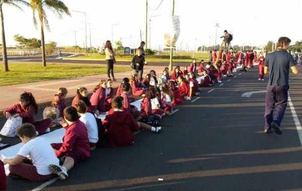 Los alumnos de las escuelas primarias misioneras se sumaron entusiasmados a la propuesta.