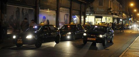 Los taxistas amenazaron primero con un paro y luego con ir a la Justicia si esta semana no sale el aumento.