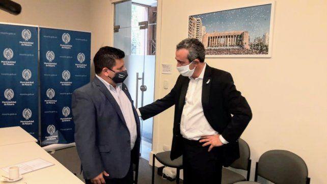 El jefe comunal Silvio Garbolino en su reunión con Pablo Javkin
