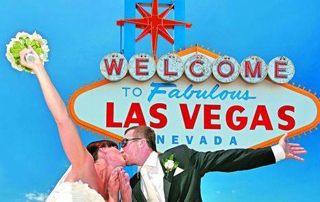 En Las Vegas hay una industria del matrimonio exprés