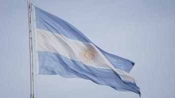 Debemos tener madurez y la responsabilidad de distinguir entre caminos tal vez arduos, pero que lleven a la prosperidad que Argentina supo conocer.