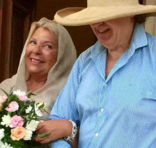 Lilita Carrió tuiteó que se casó en el norte y sacudió las redes sociales