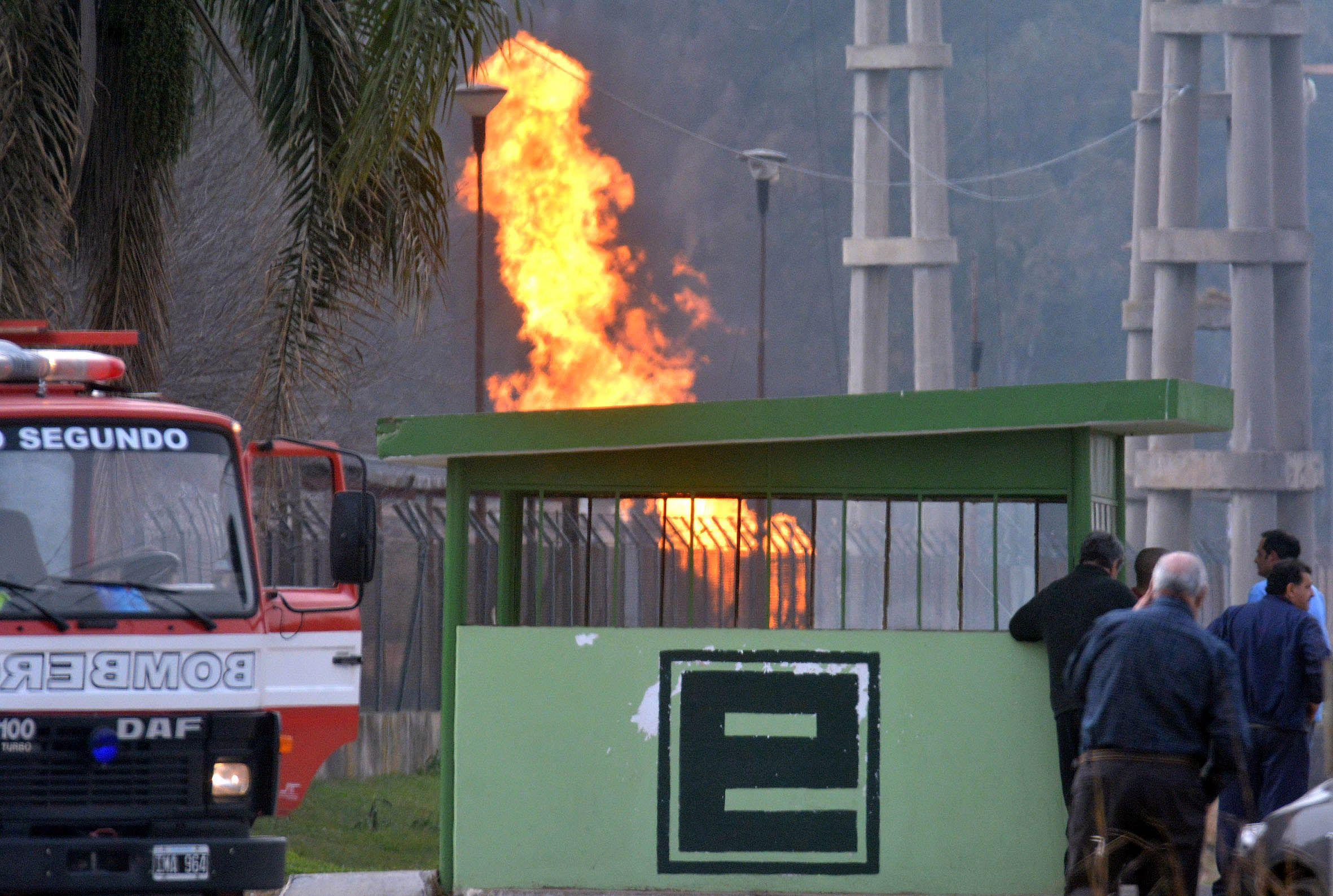 Un muerto y dos heridos es el sado de la explosión registrada hoy en la central eléctrica de Pilar