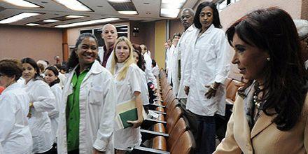 Cristina desparrama elogios a Cuba: destacó el desarrollo alcanzado en salud