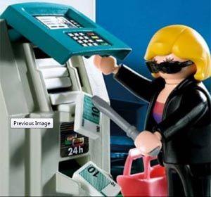 El ladrón de Playmobil en acción. El fabricante ya había recibido críticas por otro modelo.