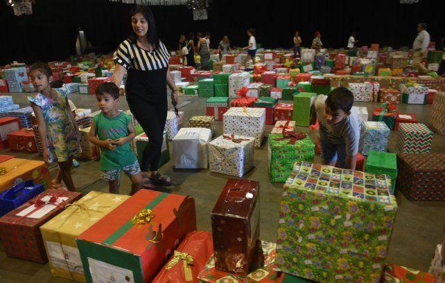 La idea de 15 mujeres que logra que miles de familias puedan celebrar la Navidad