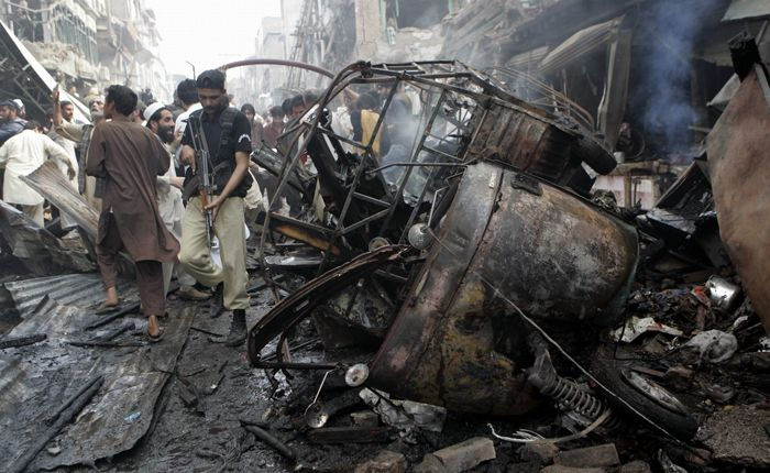 Al menos 80 personas fallecieron en un atentado en Pakistán