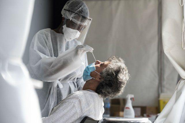 Otro día récord de Coronavirus: Rosario registró412 casos nuevos y en Santa Fe hubo 747