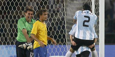 Argentina vapuleó a Brasil y está en la final