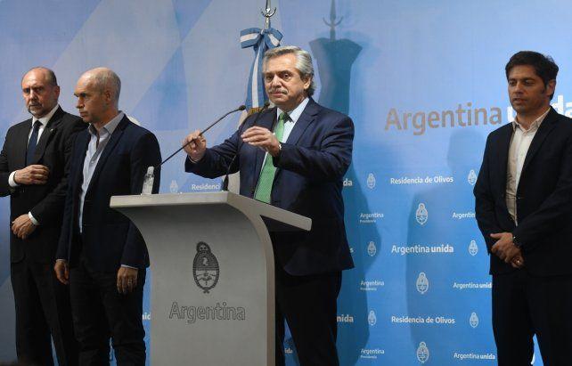 Con sus fotos con referentes opositores el presidente Alberto Fernández busca transmitir que sus medidas tienen amplio apoyo político.