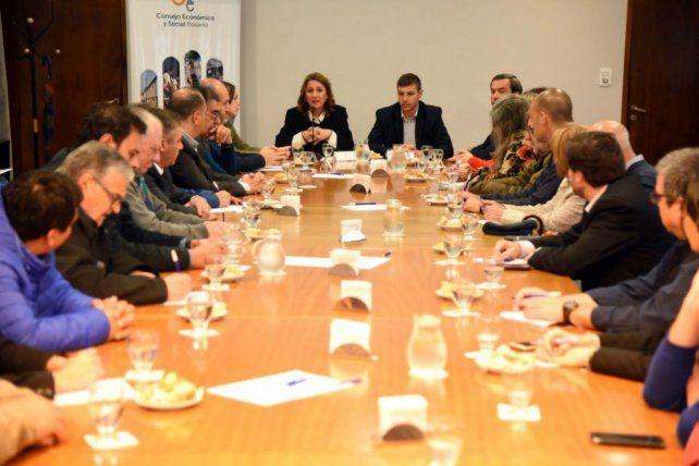 Reunión. En el encuentro abundaron las críticas al gobierno nacional.