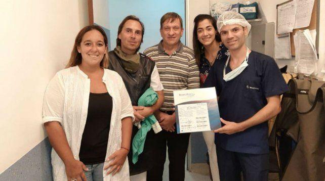 El equipo médico que participó de la intervención quirúrgica.