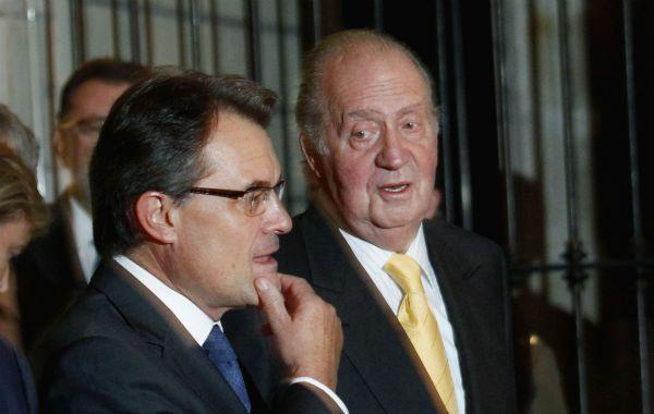 El rey junto al nacionalista catalán Artur Mas