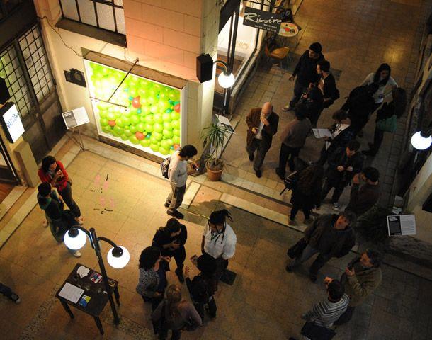 El pasaje Pan se viste de gala para exhibir producciones artísticas.