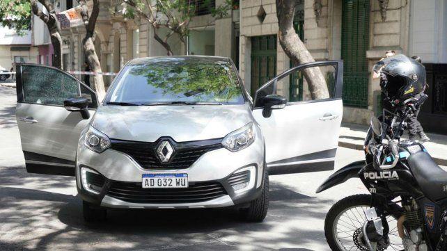 El automovilista atacado se desplazaba a bordo de una Renault Capture.