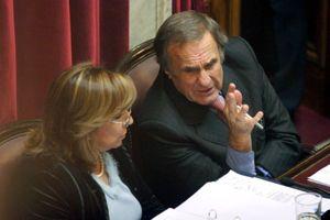 Latorre y Reutemann rechazan adelanto de elecciones: Es una cortina de humo