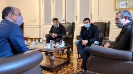 Pablo Javkin recibió ayer a José Corral y Roy López Molina, enrolados en Juntos por el Cambio.