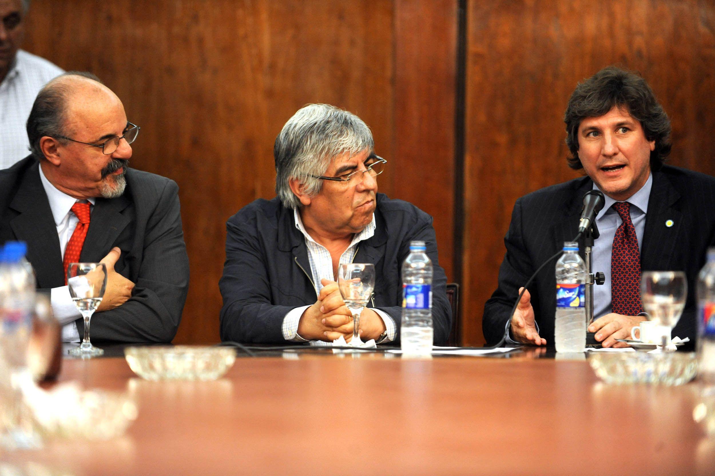 Se firmó un acta acuerdo y los cerealeros de Rosario levantaron el paro