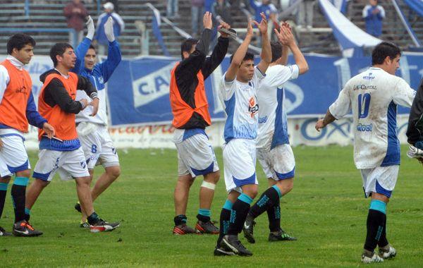Los salítos volvieron a la victoria en el José Olaeta. (Foto: A. Celoria)