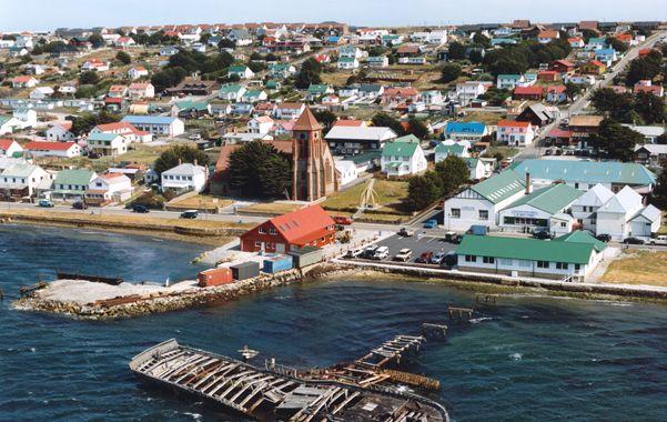 Las Malvinas. Lord Lucius Falkland calificó de piratería la ocupación inglesa y abogó por una solución pacífica.