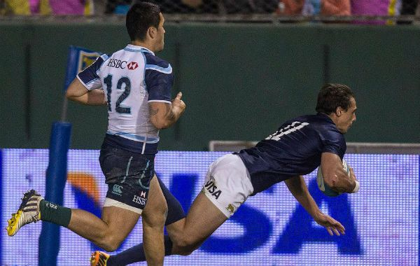 Presencia rosarina. Juan Imhoff señaló uno de los ocho tries de Los Pumas.