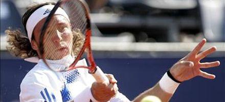 Tenis: Mónaco ganó en sets corridos y es finalista de Viña del Mar