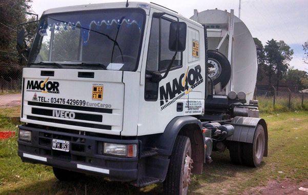 In fraganti. Este es el camión que manejaba el chofer alcoholizado.