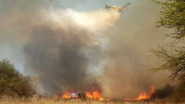 Controlan incendios forestales en Punilla y Cosquín y detienen a dos adolescentes